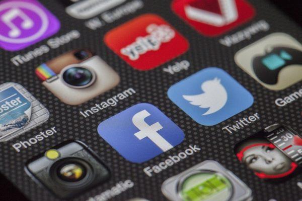 Gagner des clients localement grâce au web et aux réseaux sociaux